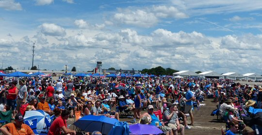 MusicCityNashville.net Feature Articles: The Great Tennessee Air Show Flies On for Fallen Angel