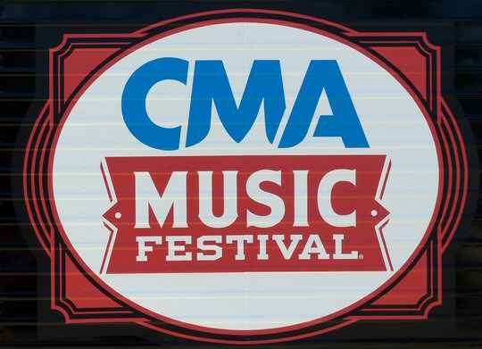 CMA Festival 2016 Is a Mostly Fan-Friendly Affair