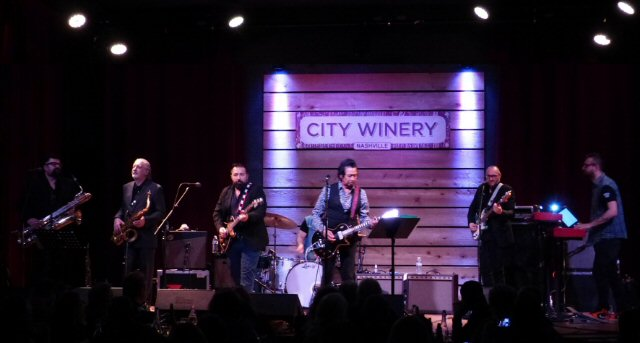 Alejandro Escovedo Crosses Borders at the City Winery in Nashville