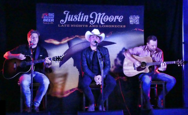 Country Star Justin Moore Delivers His Fifth Album and More in Nashville