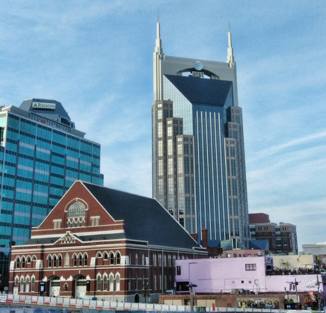 Mark Knopfler Navigates a New Course in Nashville