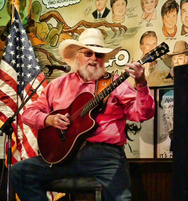 Charlie Daniels Tips His Hat to Nation's Patriots in Nashville